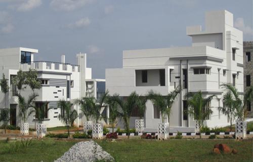 H L Villas